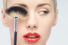 Twój najczęstszy błąd w makijażu to...